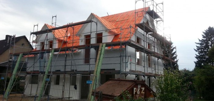Haus mit Dachfolie