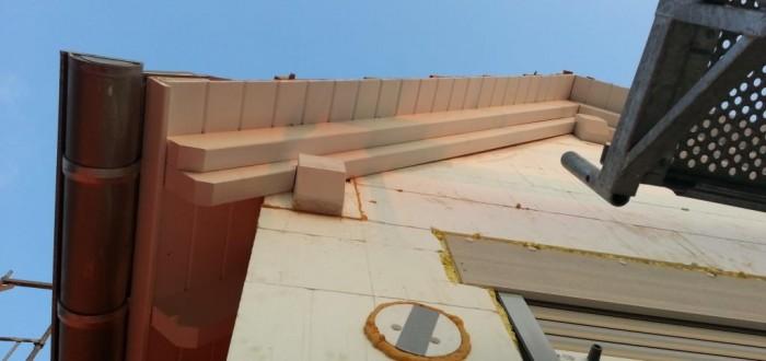 Dachüberstände gestrichen