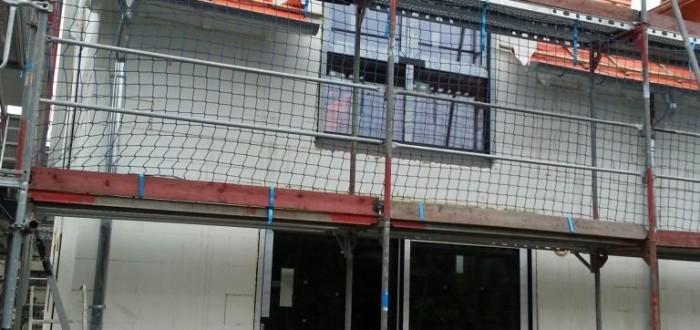 Haus mit Fenster hinten