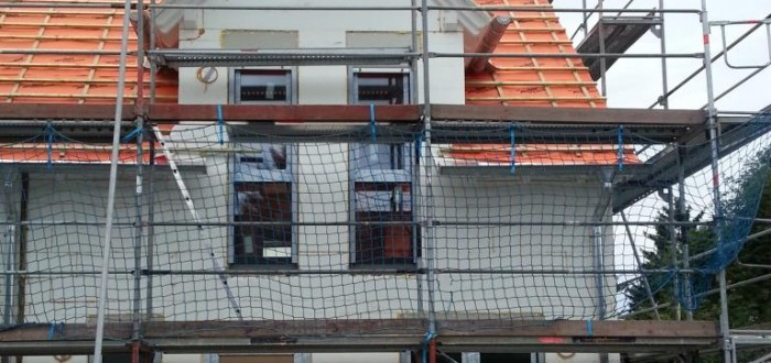 Haus mit Fenster vorne