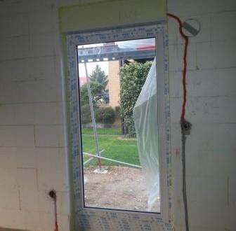 Sicht aus dem Seitenfenster