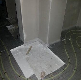 Auslassung Kamin Fußbodenheizung