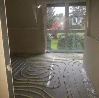 Schlafzimmer mit Fußbodenheizung